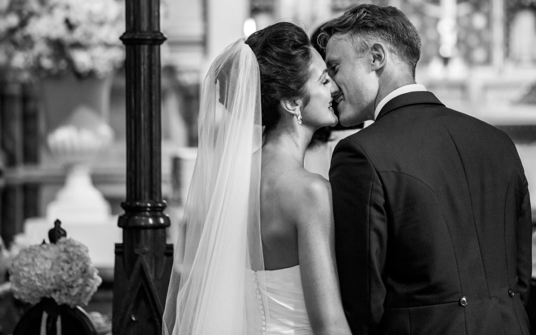 Hedsor House Wedding Photography – Sam and Laura