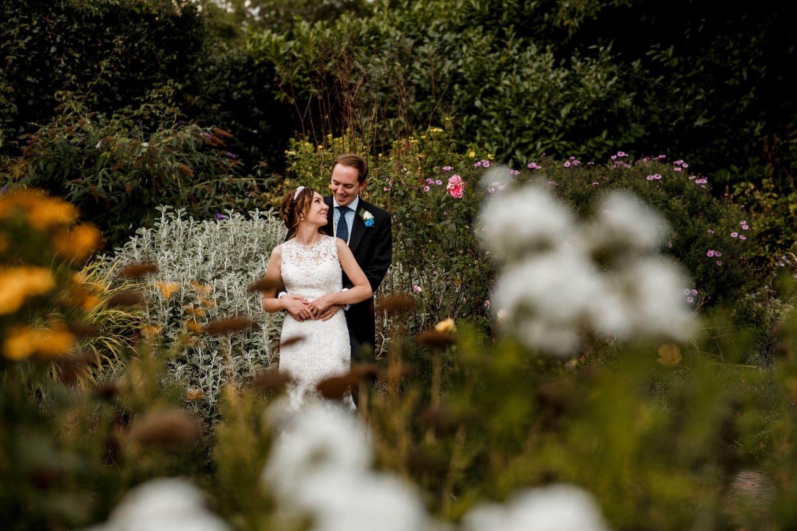 summer wedding in richmond park