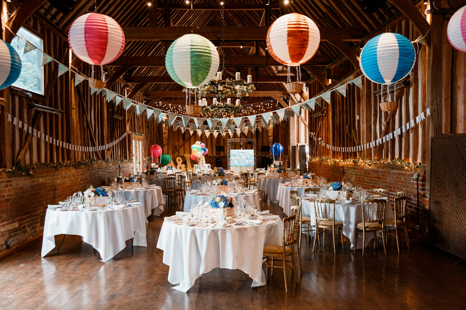 wedding breakfast room at lillibrooke manor wedding