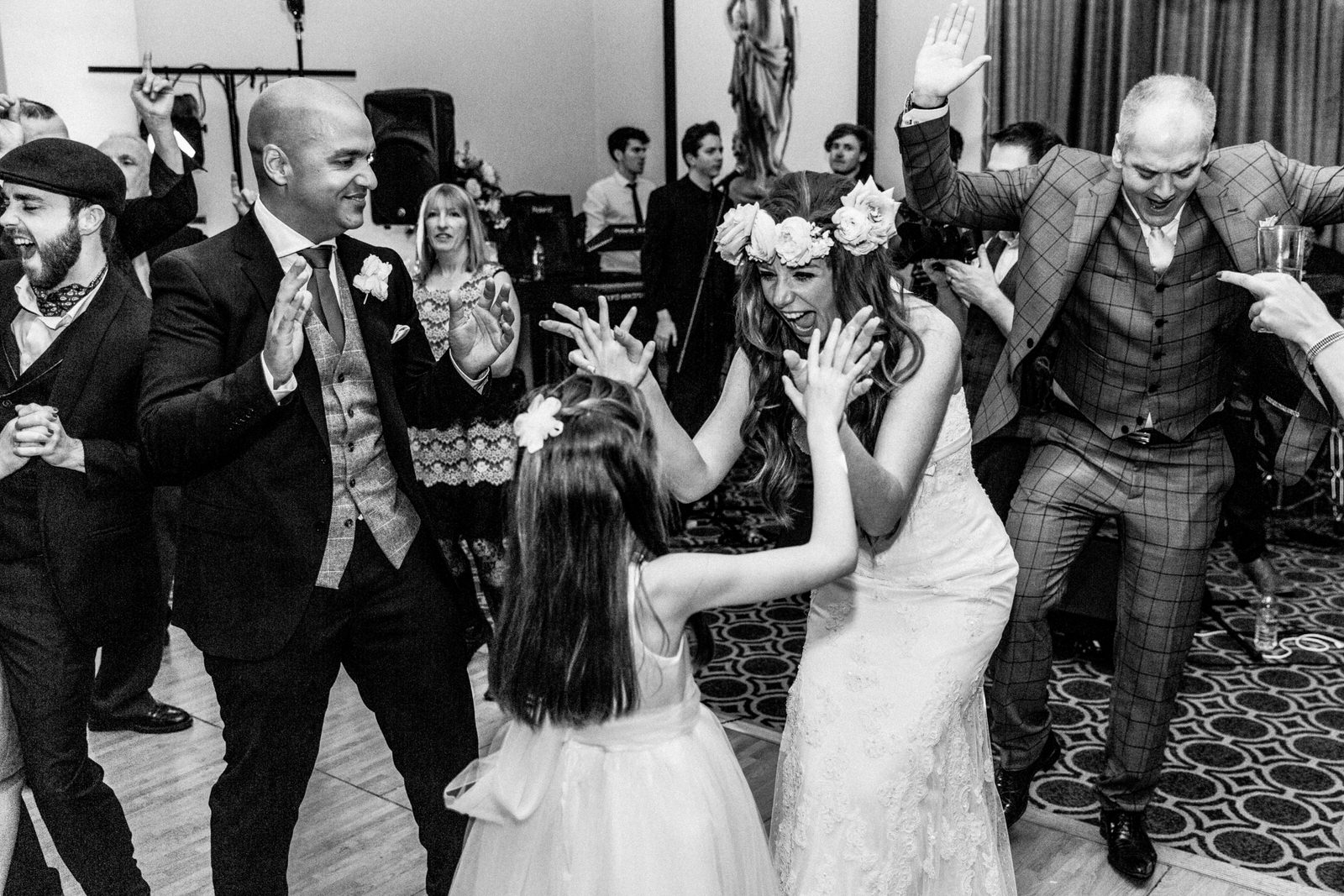 dancing at Bowood house wedding
