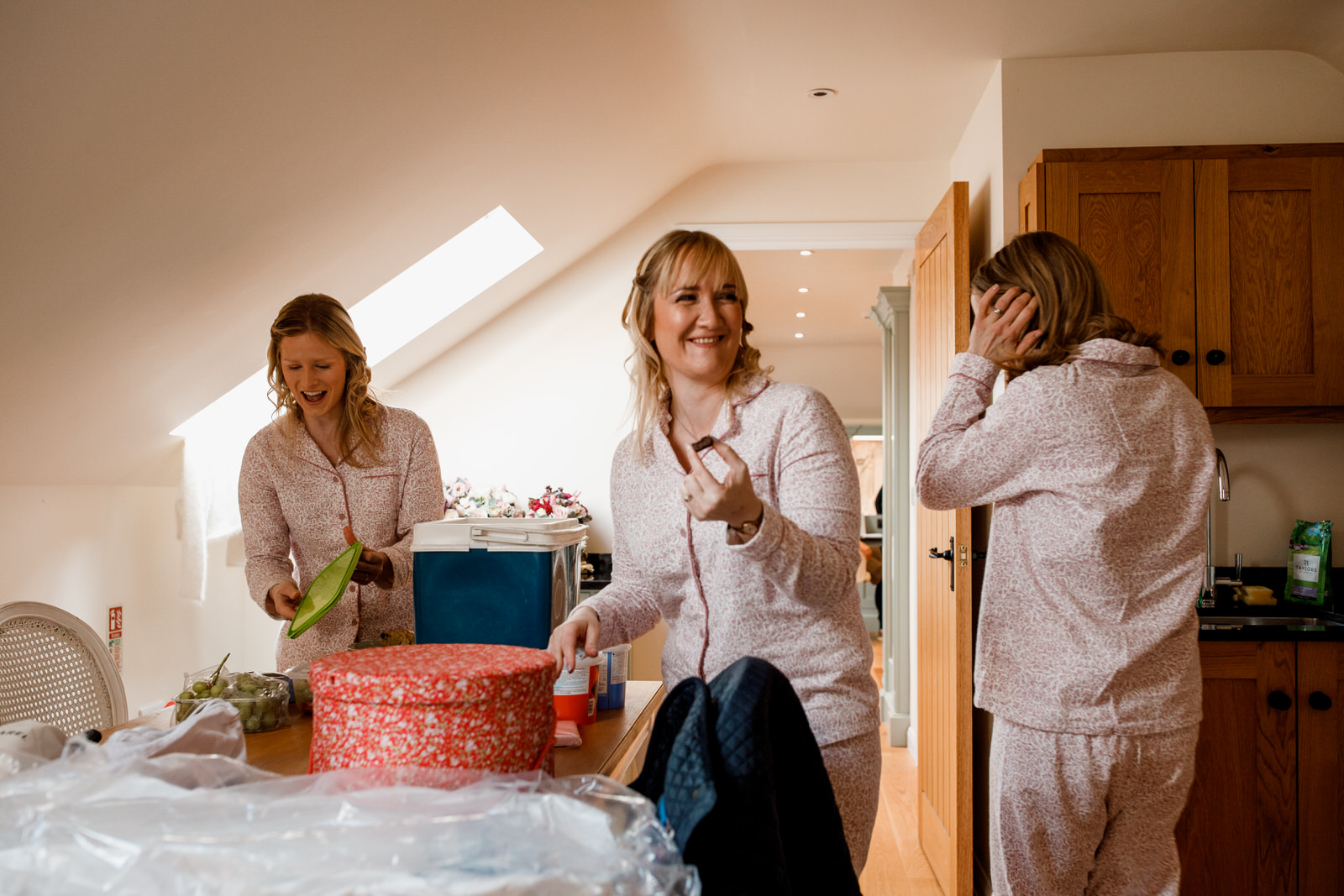 bridesmaids in pyjamas