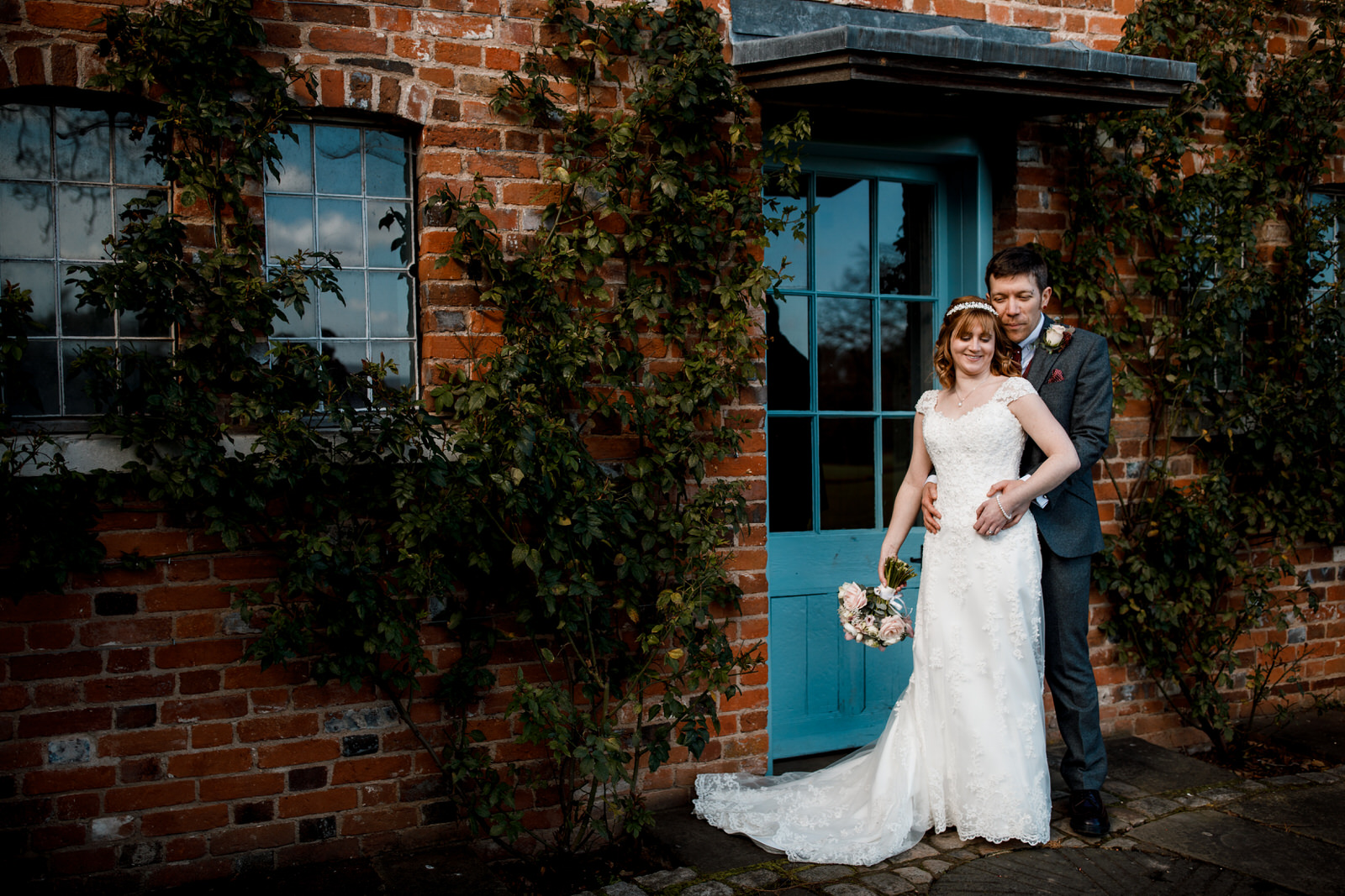 newlywed photography at micklefield hall wedding
