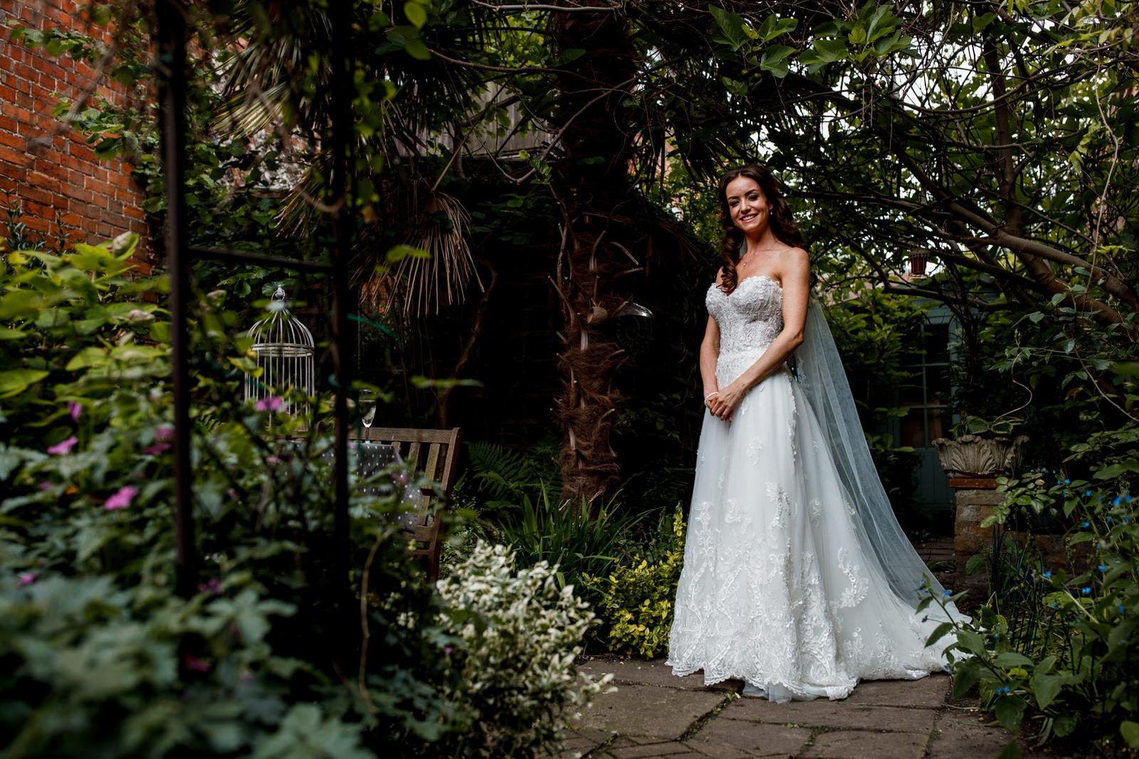 bridal portrait outside kings chapel in old amersham