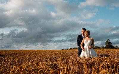 Milling Barn Wedding Photographer – Verity and Tom Sneak Peek