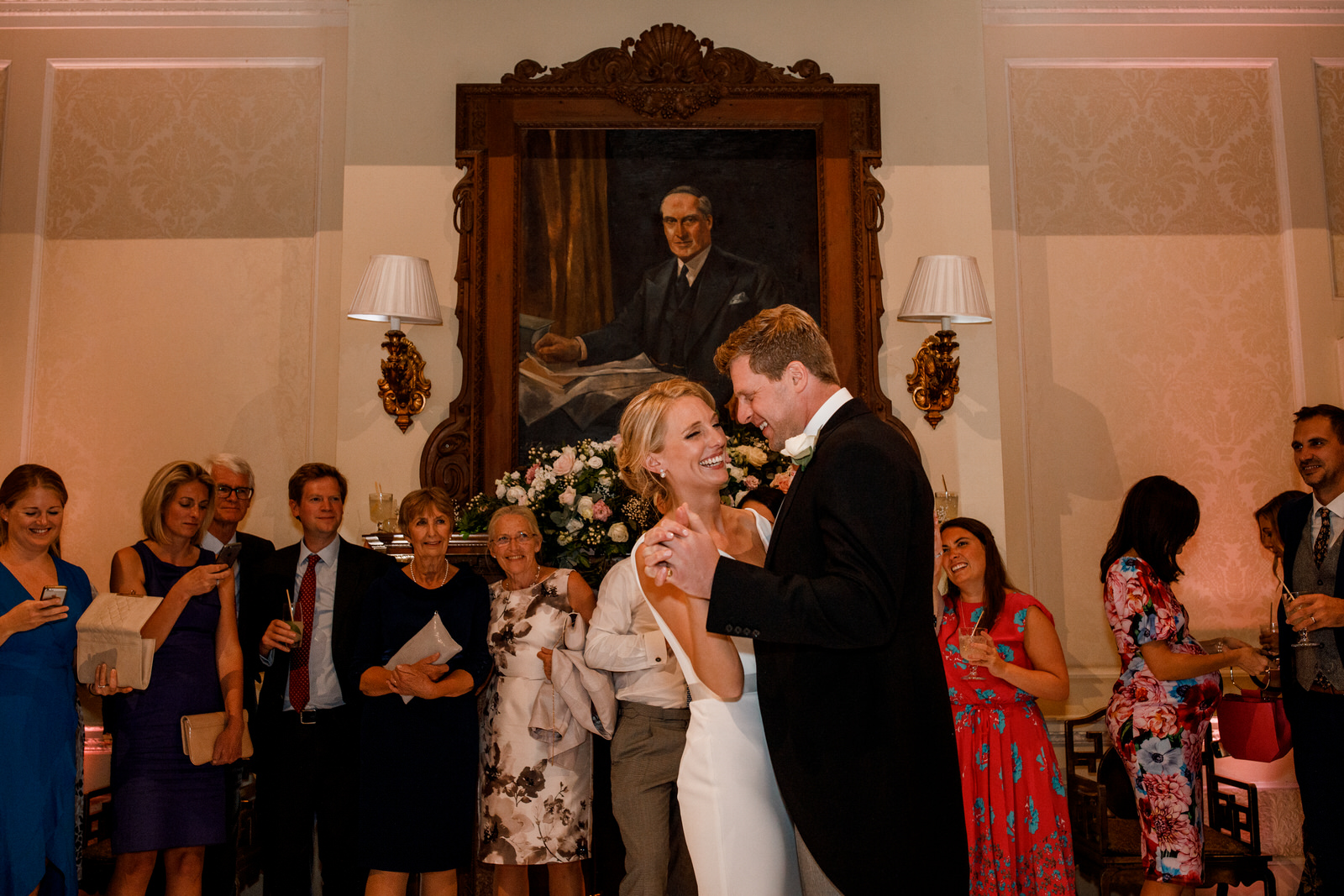 first dance at hedsor house wedding