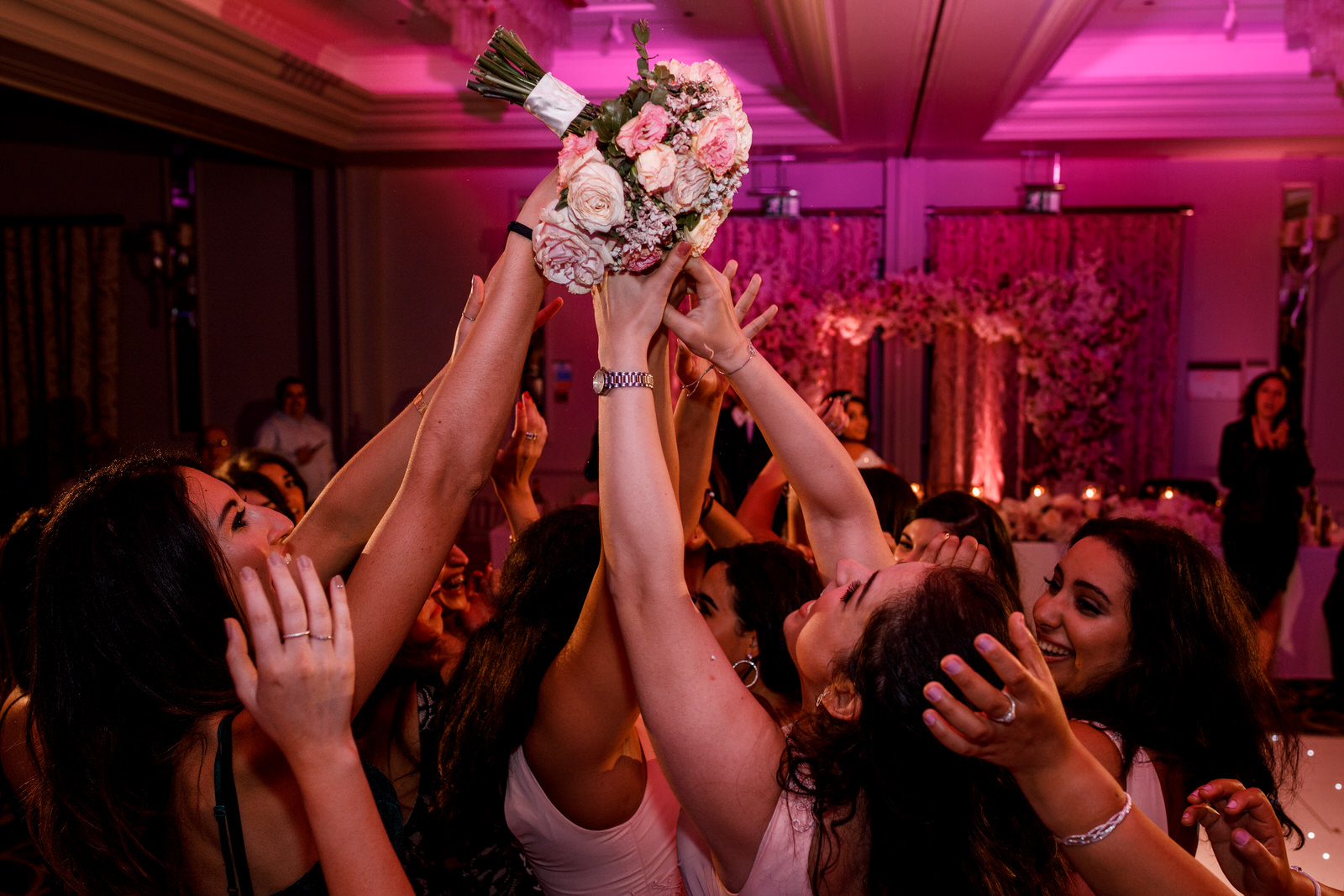 bouquet toss at sopwell house wedding