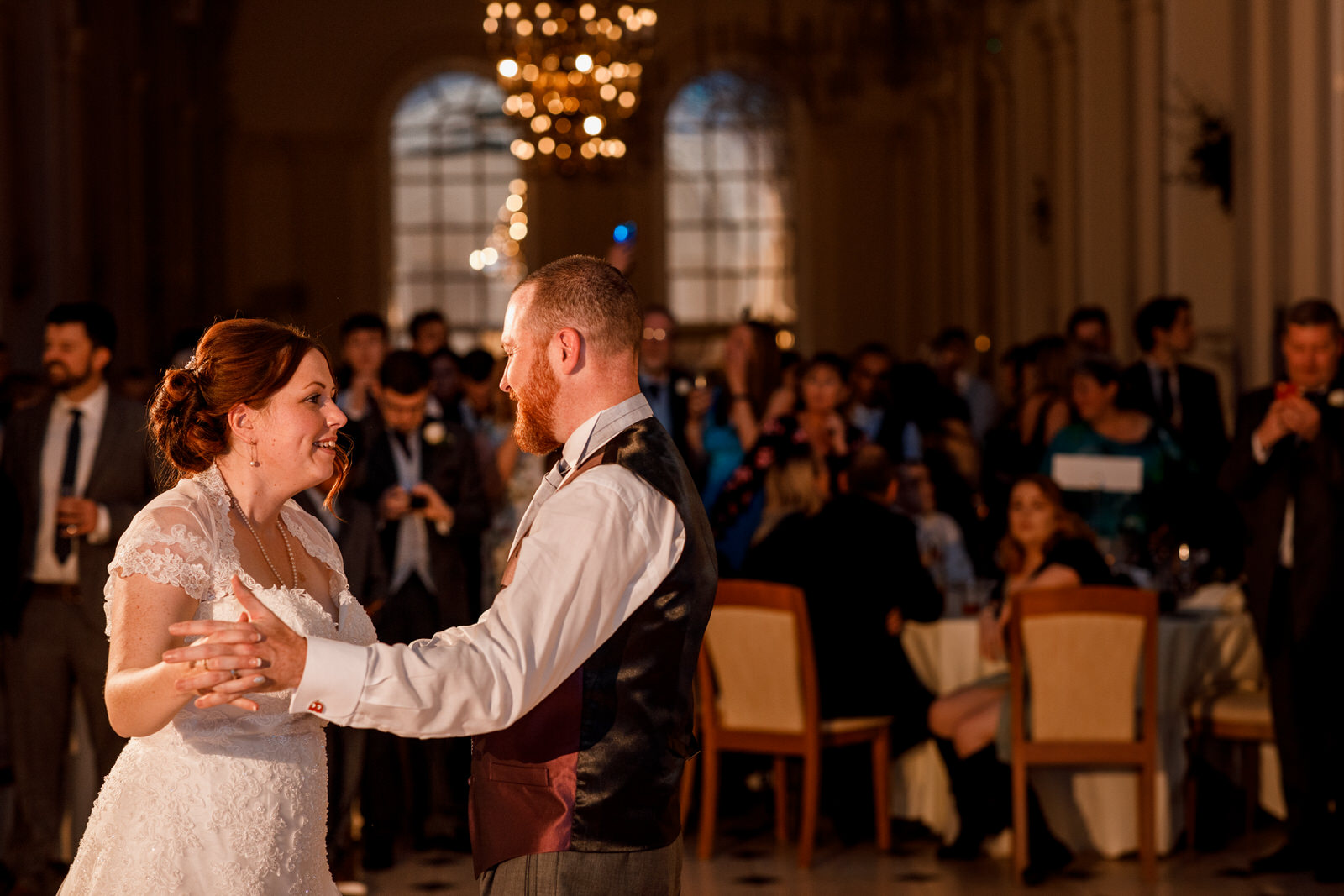 first dance at the orangery in blenheim palace