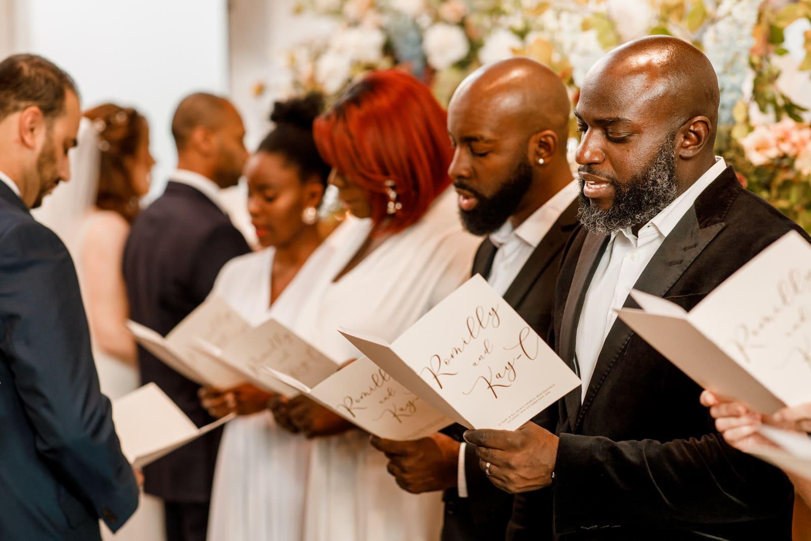 gospel choir at hedsor house wedding