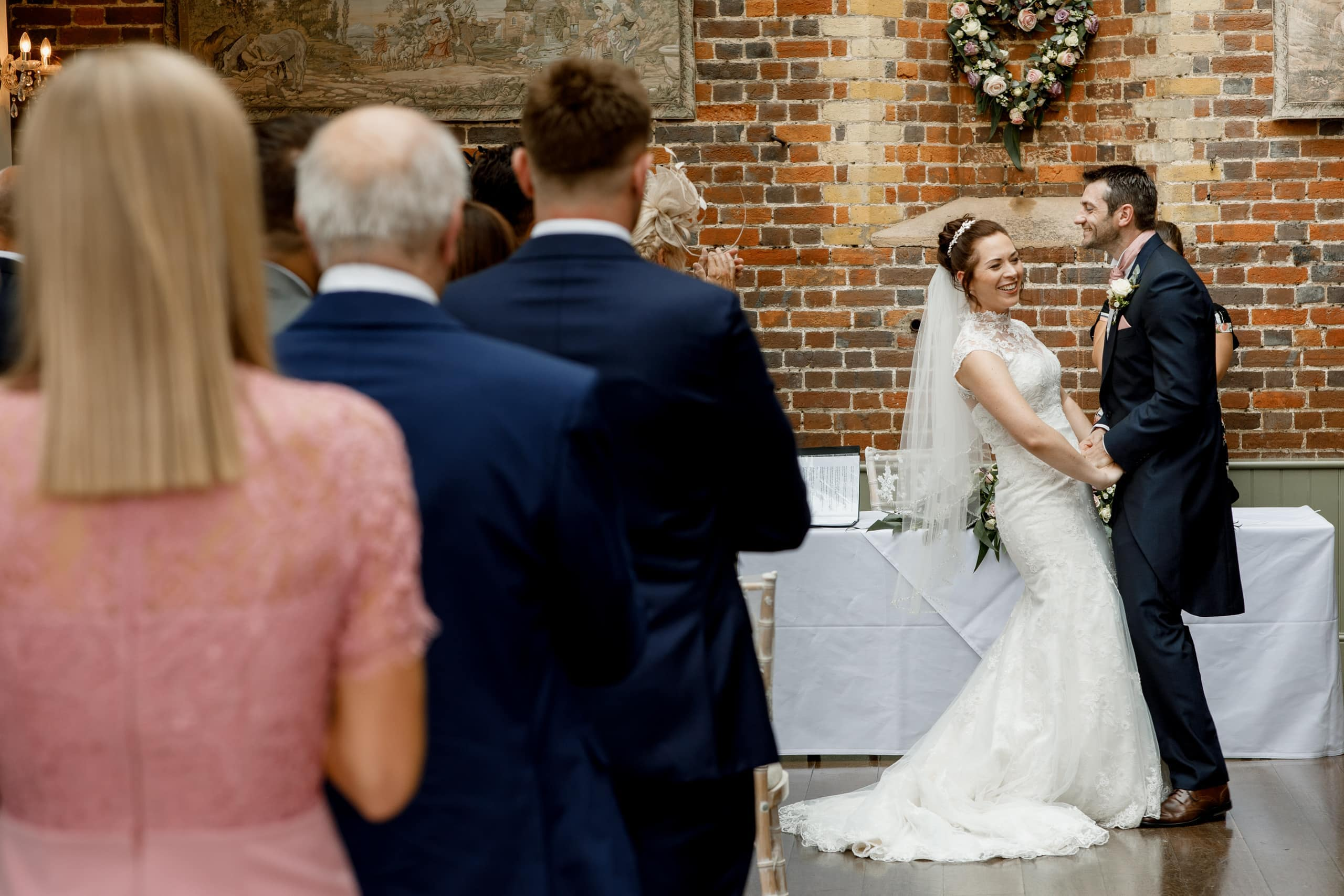 wedding ceremony at offley place