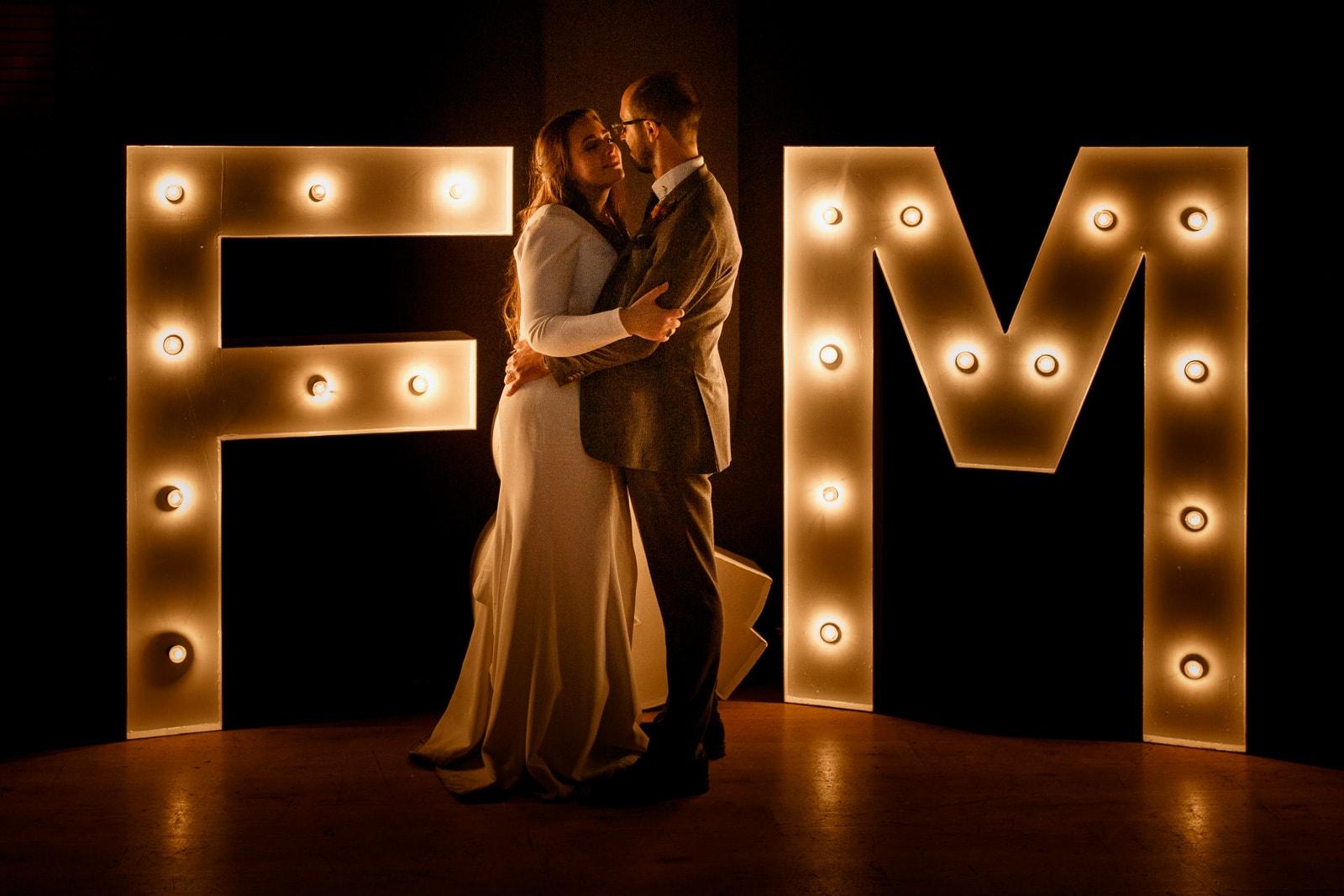 wedding photographer for stoke place wedding