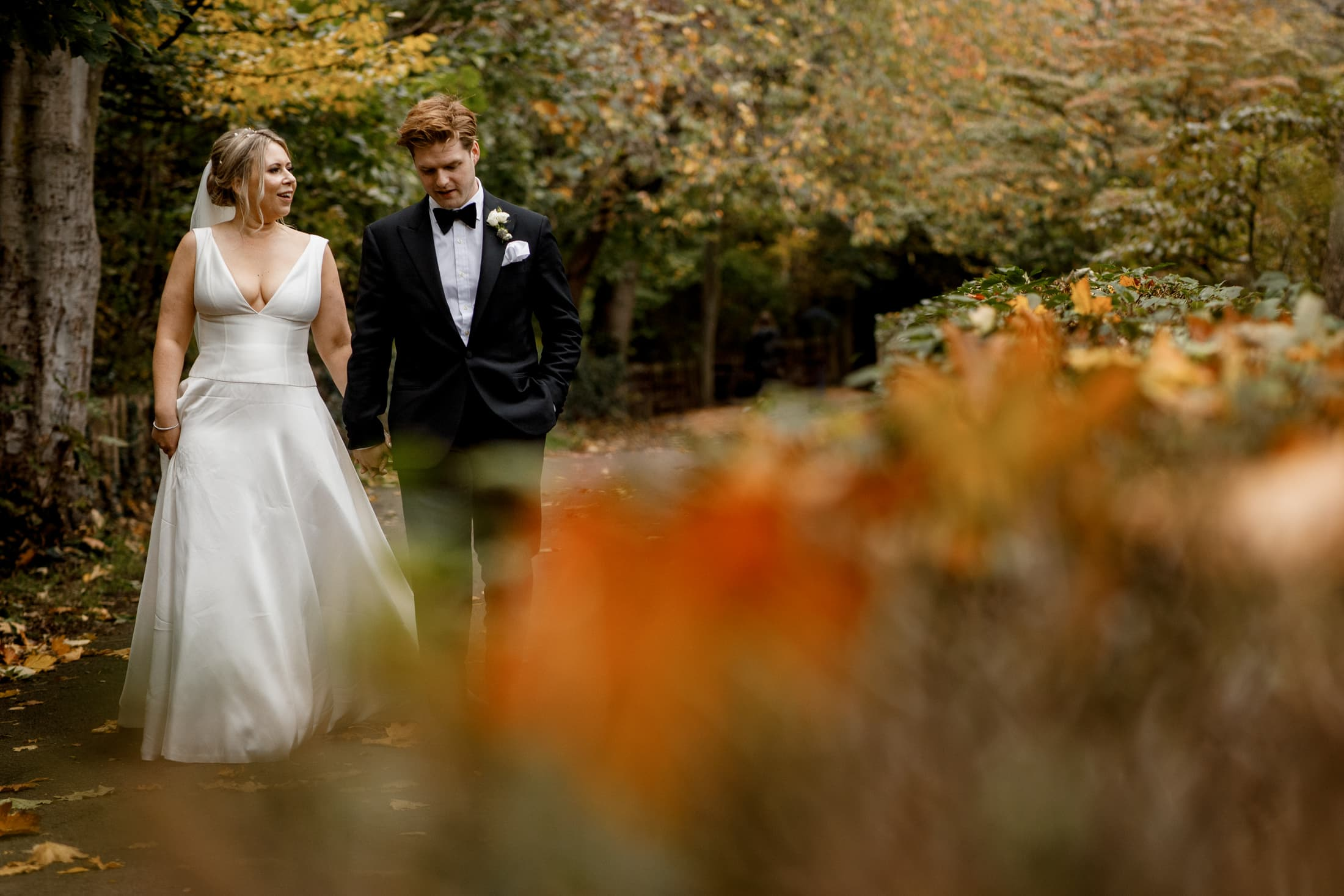 holland park wedding photographs