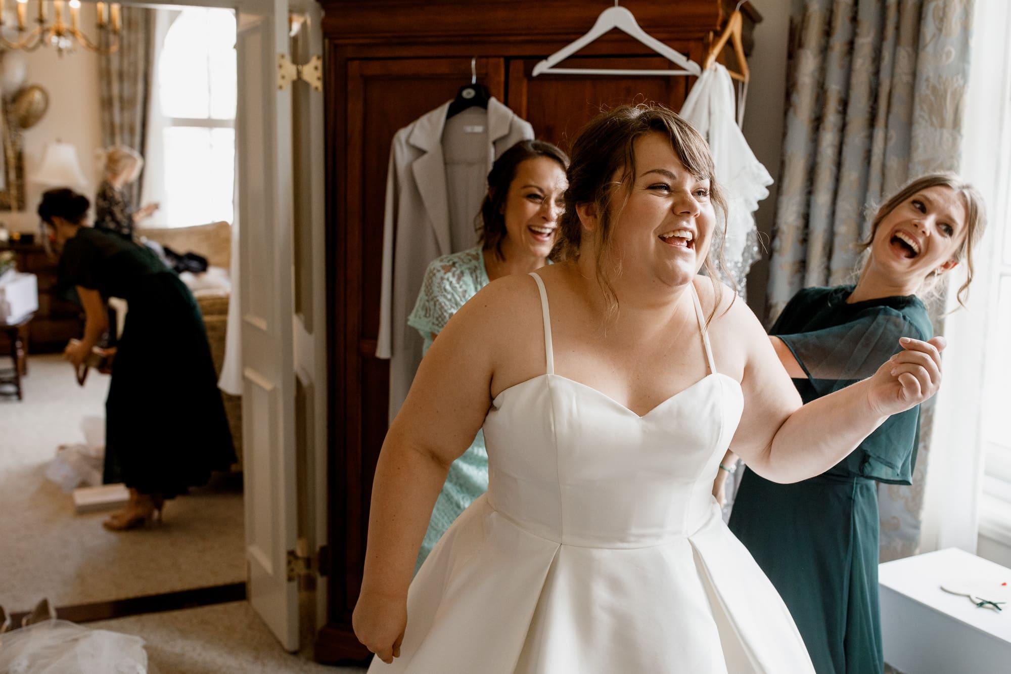 bridal prep at the randolph hotel oxford